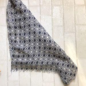 Thirty one geometric blanket scarf